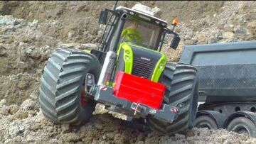 CLAAS XEREON 4X4X4! VOLVO L250G HARD WORK! WHERE IS THE MISTAKE