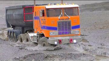 HEAVY RC TRUCKS WORK IN MUD AND WATER! FANTASTIC VOLVO L250GS! 最佳户外建筑车辆